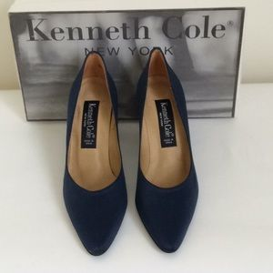 KENNETH COLE NAVY SATIN PUMPS🌟NWT